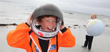 Light Headed: Sixth class students from Scoil Einde in Salthill, Paul Cotter and Andrew Carey, get ready for Sea2Sky on 28 September. Thousands are expected to participate in the free, fun, family events where researchers share their work with the public. The event is organised by NUI Galway, in collaboration with the Marine Institute, Galway Atlantaquaria and CIT Blackrock Castle Observatory in Cork.