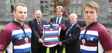 Pictured with President of NUI Galway, Dr Jim Browne at the launch of the new jersey for the NUI Galway  - Corinthians 2012/13 Season is Paddy Hennelly, President of the NUI Galway Rugby Club (back left) and John Campbell, President of the Corinthians Rugby Club (back right). Also pictured are players Micheál Roche, NUI Galway and Craig Joyce, Corinthians.