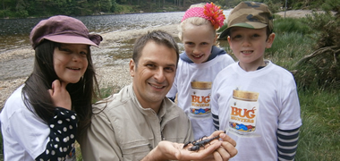 NUI Galway Zoologist Brings RTÉ's 'Bug Hunters' to Schools throughout Ireland-image