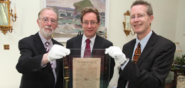 Pictured at the presentation of an original 1691 edition of the London Gazette which features an account of the Battle of Aughrim by Cllr Norman Morgan to NUI Galway (l-r): Councillor Norman Morgan; President of NUI Galway, Dr James J. Browne; and John Cox, University Librarian at the James Hardiman Library, NUI Galway.