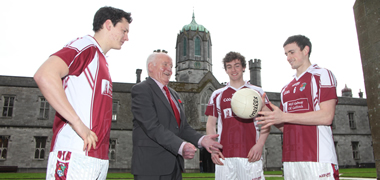 Pictured at the Sigerson Cup Finals Launch at NUI Galway today, from left: Ciaran MacDonald, Tipperary and NUI Galway Captain; Dr Mick Loftus, former Sigerson winner with UCG (now NUI Galway) and former GAA President; Joss Moore, Galway and NUI Galway; and Jason Doherty, Mayo and NUI Glaway.