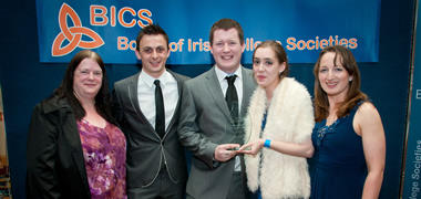 Riona Hughes NUI Galway Societies Officer; Gavin Sweeney, BICS Adjudicator; Thomas McGrath, NUI Galway Choral Soc Auditor; Best Society Individual winner Lily McGarry from Whitechurch, Co. Dublin; and Aoife Kelliher BICS Vice-Chairperson Adjudicator.