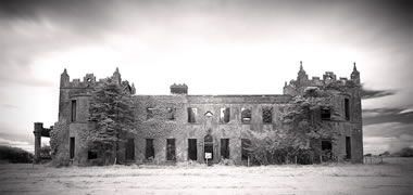 NUI Galway Library Hosts Abandoned Mansions Photo Exhibition -image