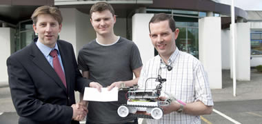 (l-r) Dr Michael Keane, Senior Manager, Avaya; Joseph Fleury, Avaya Prize winner; and Dr Martin Glavin, College of Engineering and Informatics, NUI Galway.