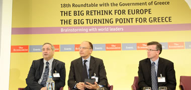 Pictured (l-r): Daniel Franklin, Executive Editor, The Economist; Enrico Letta, Former Prime Minister of Italy; and Professor Alan Ahearne, Head of Economics, NUI Galway.